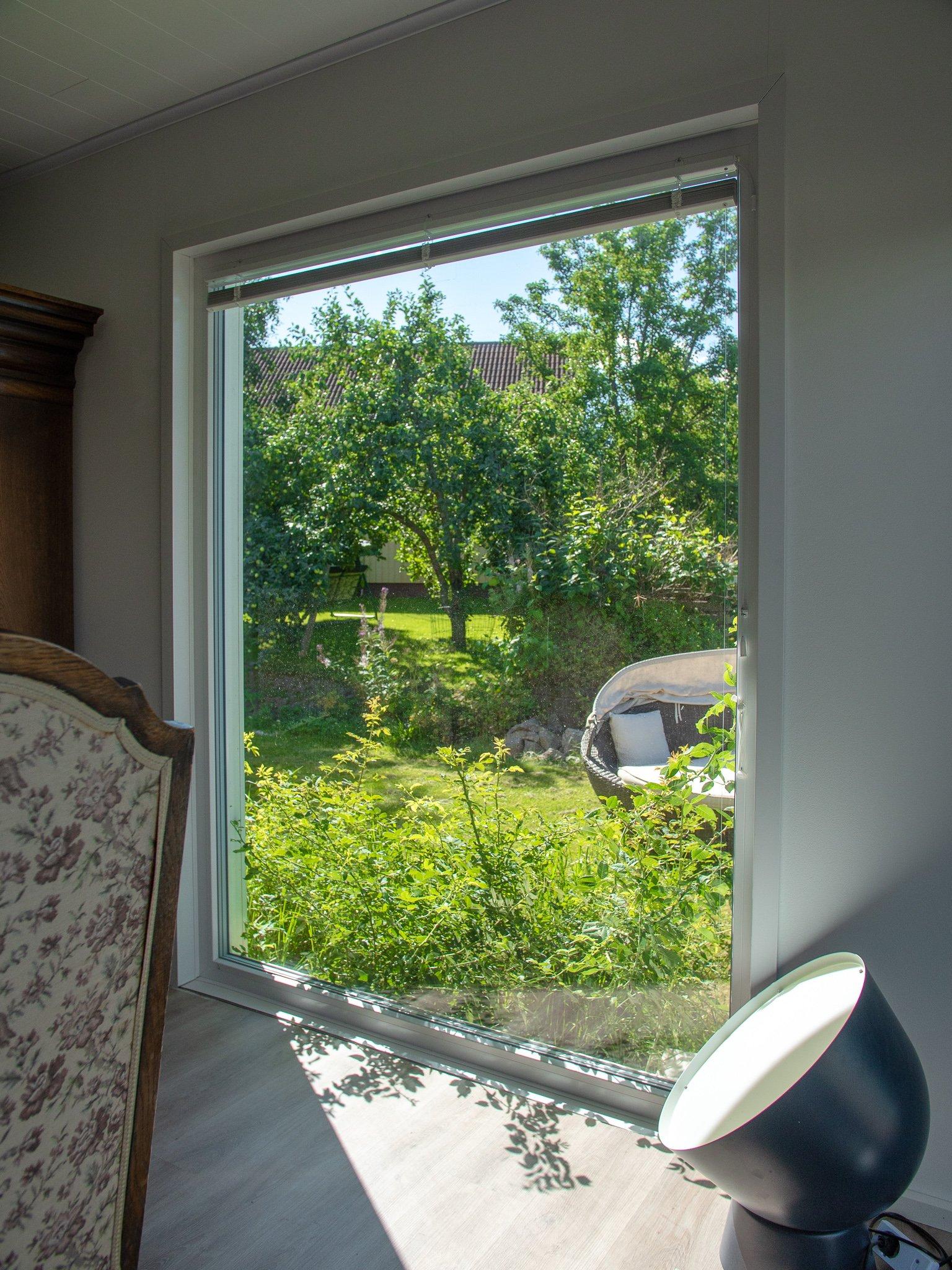 Isot ikkunapinnat tuo luonnon lähelle