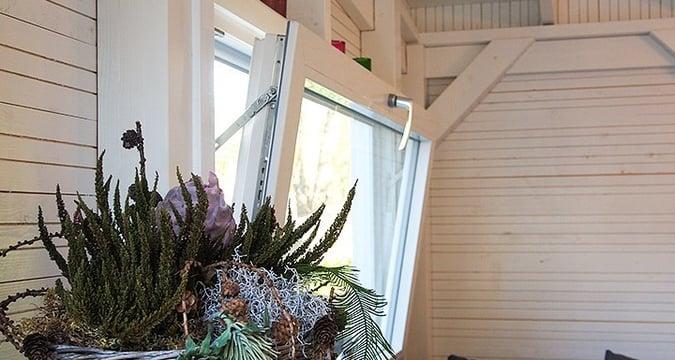 Kippi-ikkuna kesakeittiöön tai mökille